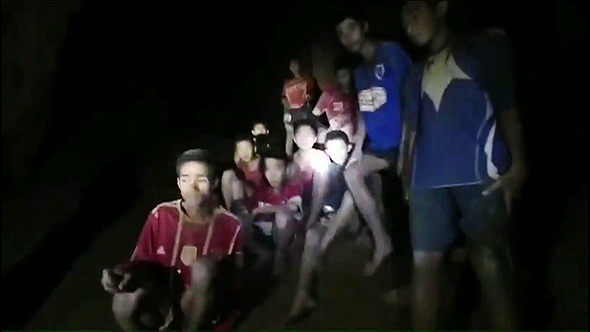 Kids stranded inside a cave in Thailand. Photo: AFP