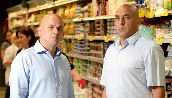 האחים יוסי ושלומי אמיר, בעלי השליטה בפרשמרקט, צילום: מורג ביטן