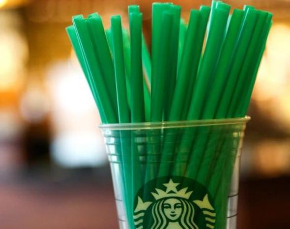 קשי פלסטיק בסטארבקס, צילום: the pinsta