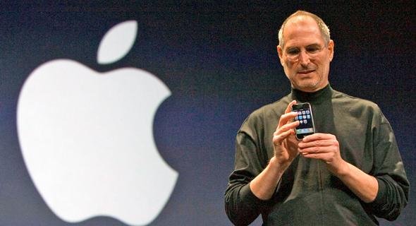 מייסד חושף את ה אייפון הראשון ב־2007, צילום: אי פי איי