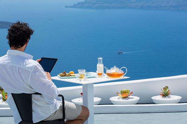 סנטוריני, יוון , צילום: travelplusstyle