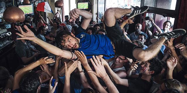 12 שעות של טירוף: התמונות הטובות ביותר מהחגיגות בצרפת