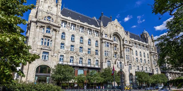 """רשת המלונות פור סיזנס במגעים להקמת מלון ראשון בת""""א"""