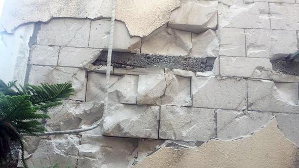נזק שנגרם למבנה בטבריה מרעידת אדמה בתחילת החודש, צילום: רועי רובינשטיין