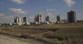 שטח סמוך לשכונת כרמי גת בקריית גת, צילום: צפריר אביוב