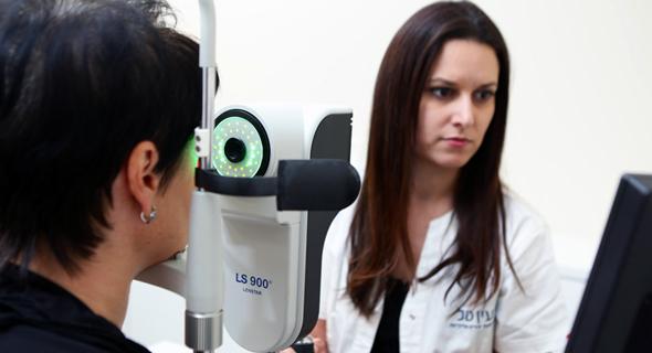 עדי לוי, מנהלת מרכז הפרימיום והאופטומטריה במרכז הרפואי עין טל