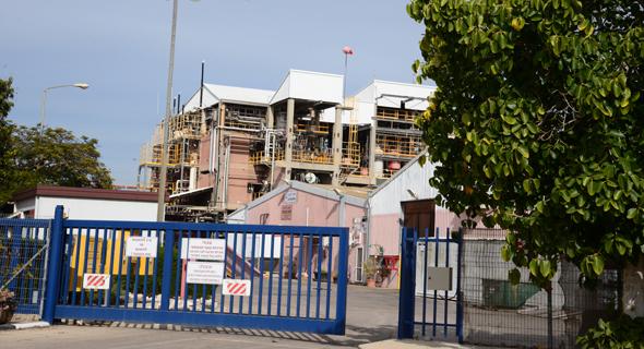 מפעל כימדע בקיבוץ ניר יצחק, צילום: הרצל יוסף