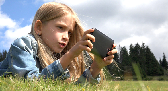 A child playing a video game. Photo: shutterstock