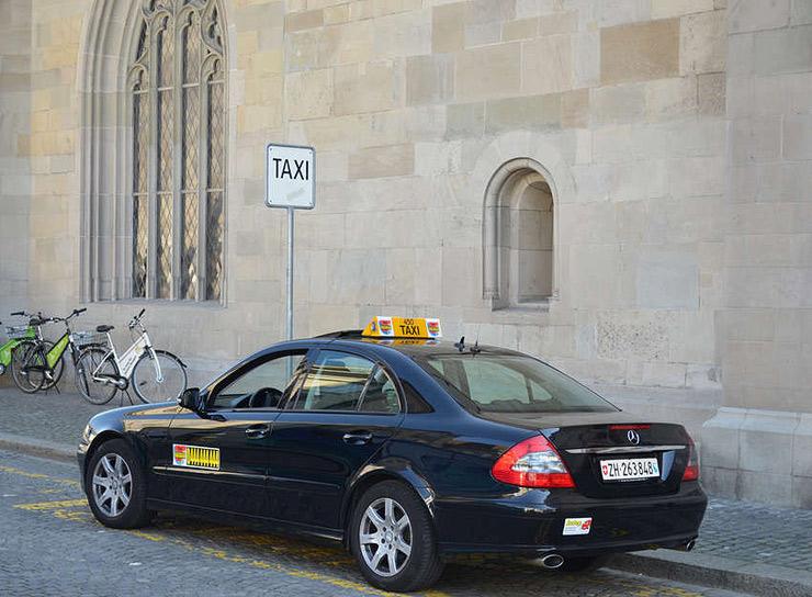 מונית בציריך. מהשירותים היקרים בעולם