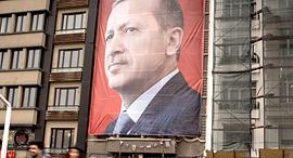 כרזת בחירות איסטנבול נשיא טורקיה רג'פ טאיפ ארדואן, צילום: גטי אימג'ס