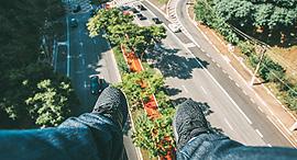 איש מעופף, צילום: Kaikue Rocha/ Pexels