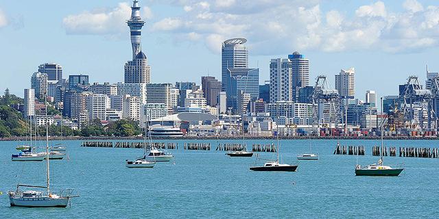 ניו זילנד נלחמת במחירי הדיור: אוסרת למכור בתים לזרים