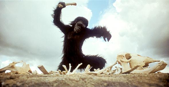 """קוף־אדם ב""""2001: אודיסיאה בחלל"""". לצופים דרושה סבלנות וסקרנות"""