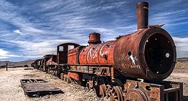 פוטו שרידים נטושים מתאונות רכבת בולביה, צילום: Abandoned Wrecks/Chris McNab