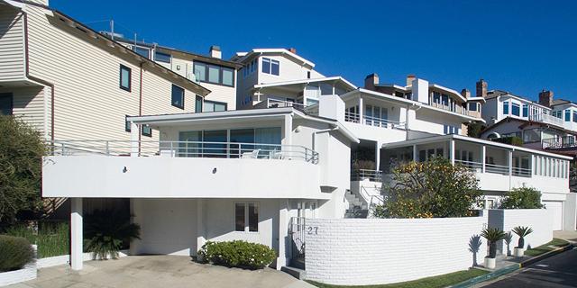 באפט מכר את בית החוף שלו בקליפורניה - לאחר שהוריד את המחיר ב-32%