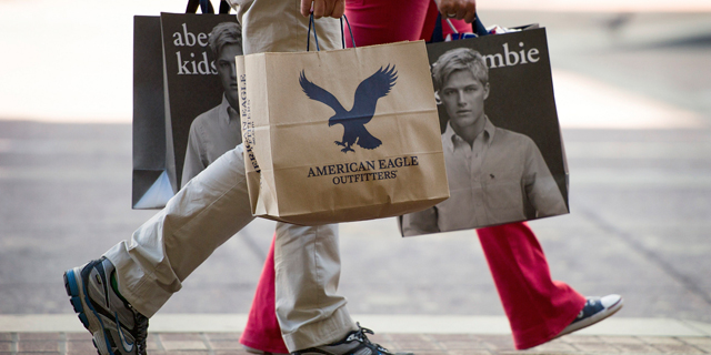 70% מהאמריקאים יקנו פחות בכריסמס - בגלל המכסים