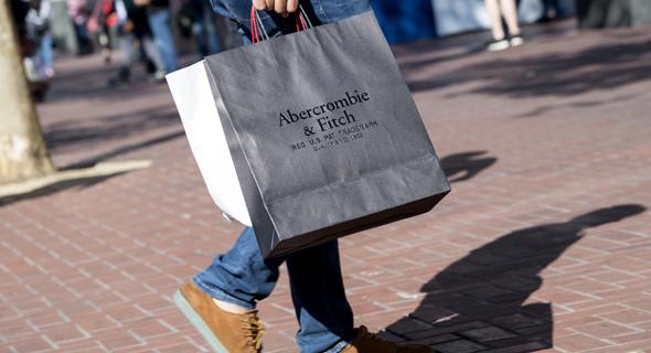 שקית קניות של אברקרומבי אנד פיץ'