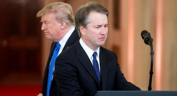 """שיא ארה""""ב דונלד טראמפ והמועמד לשופט בית המשפט העליון ברט קוואנו"""