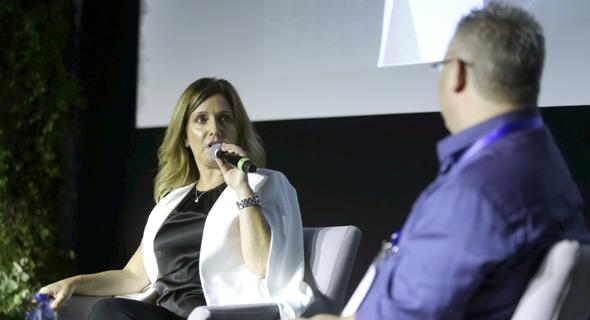 אורנה הוזמן בכור בשיחה עם ליאור גוטמן בוועידה