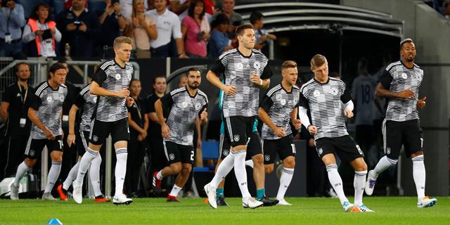 """אדידס ממשיכה את השת""""פ עם התאחדות הכדורגל הגרמנית עד 2026 לפחות"""