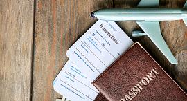 כרטיס טיסה מטוס תעופה תיירות, צילום: שאטרסטוק