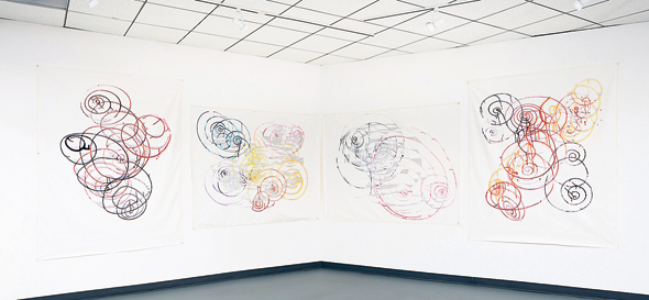 """מתוך התערוכה של פטל, """"Broken Cisterns"""". עוסקת בפופולריות של היהדות והמסורת"""