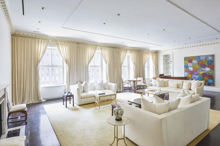 הדירה למכירה של מנוצ'ין. היתה בבעלות הדירה כבר עשרות שנים