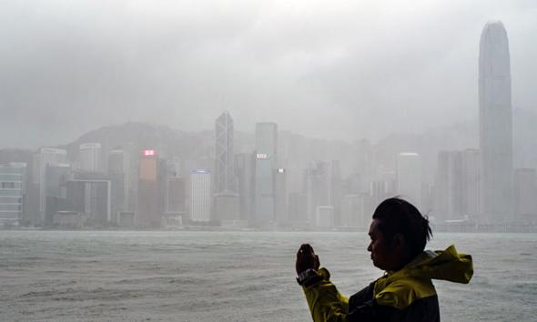 הונג קונג בסופה