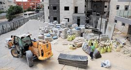 אתר בנייה שומם באר שבע, צילום: אוראל כהן