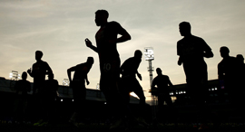 ספורטאים ספורט אימון כדורגל, צילום: רויטרס,