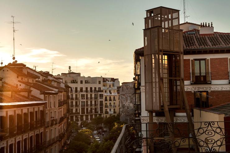 אמבחדורס במדריד, ספרד
