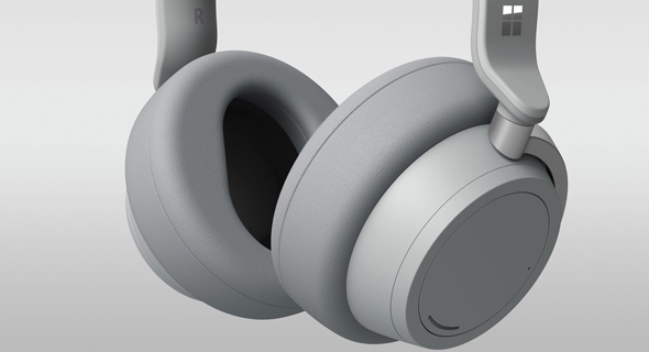 מיקרוסופט סרפס לפטופ אוזניות, צילום: Microsoft