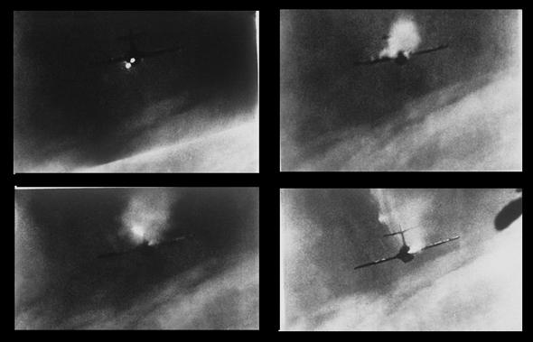 מטוס מיג 15 נופל בכוונת