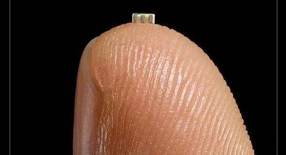 שבב הפריצה בקצה אצבע