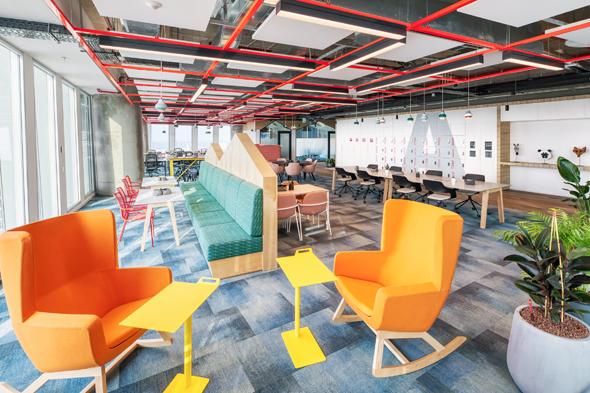 משרדי אמזון בתל אביב. חולשת על 11 קומות בעזריאלי שרונה, צילום: תומר פולטין