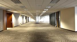 מסדרון משרדים זירת הנדלן, צילום:  Jpstock/ Dreamstime.com
