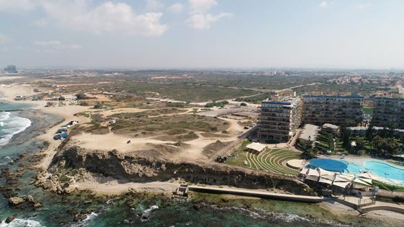 """רצועת החוף של חדרה. """"הביקוש למגורים מול הים גבוה מאוד"""" , צילום: באדיבות ריף נדל""""ן"""