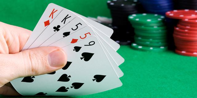 """העליון: שחקן הפוקר יידרש לשלם מס על ההכנסות מהמשחקים בחו""""ל"""