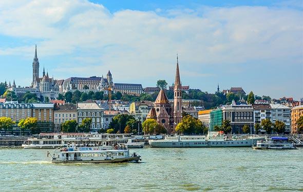 נהר הדנובה, בודפשט. חזות אירופית קלאסית לצד עושר תרבותי רב