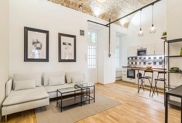 דירה שרכשה מניב בודפשט עבור משקיע ישראלי. עיצוב קלאסי עם נגיעות מודרניות