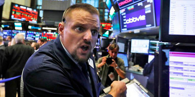 השווקים נופלים. מה עושים עכשיו?