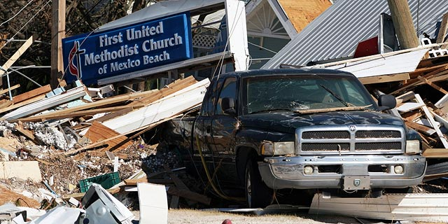 ההוריקן בפלורידה: 18 הרוגים, כ-2,100 נעדרים
