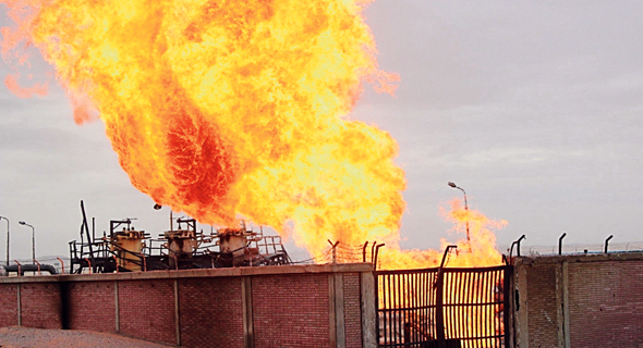 אחד הפיצוצים בצינור הגז של EMG באל עריש, צילום: EPA