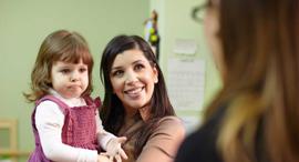 יועצת הורים מדריכת הורים אמא , צילום: שאטרסטוק