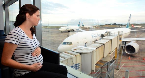 טיסה בהריון - מהם הסיכונים? , צילום: שאטרסטוק