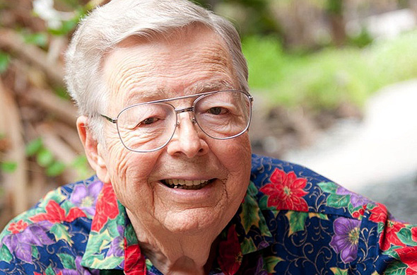 ארל באקן, מייסד מדטרוניק  מת בהוואי
