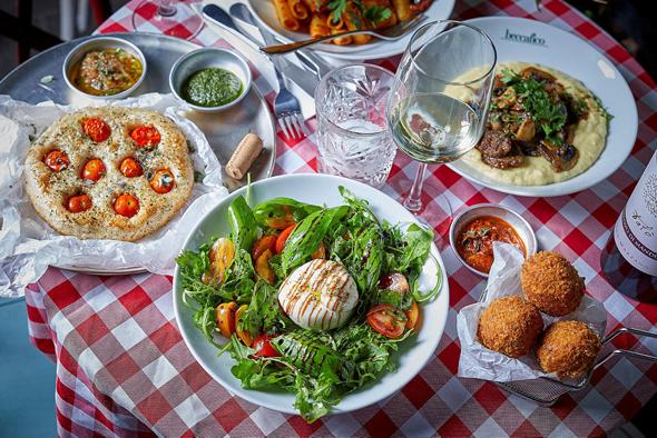 מסעדת אספטה החדשה. ניחוח דרום איטלקי