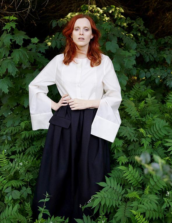 קולקציית סתיו־חורף 2018, שצולמה על ידי האמנית ההולנדית ויויאן סאסן, ומוצגת על ידי הזמרת והדוגמנית הבריטית קארן אלסן