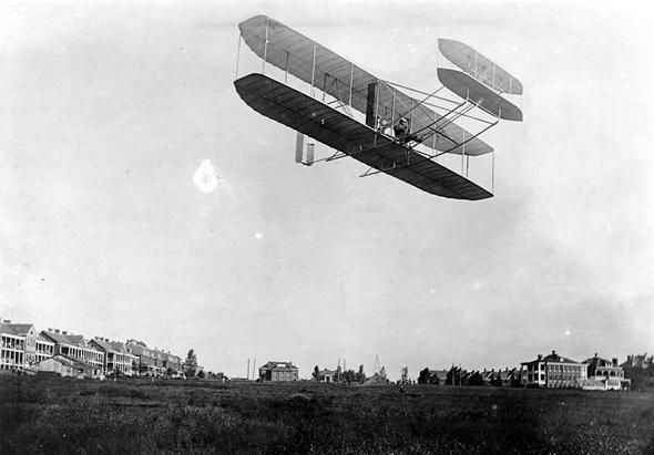 מטוסם של האחים רייט באוויר