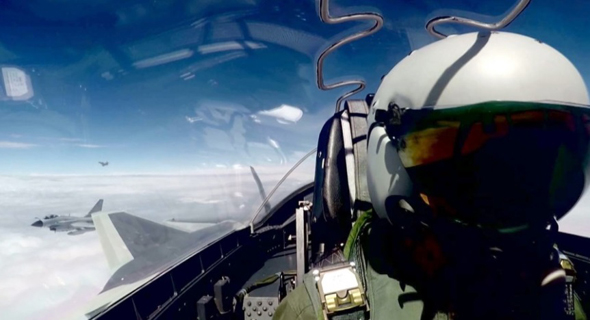 טייס קרב סיני